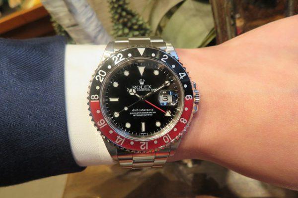 黒x赤ベゼルのRef.16710