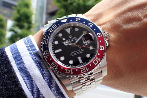明るい配色、上品な佇まい Ref.126710BLRO