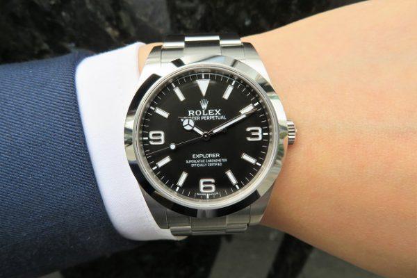 定番の実用時計・Ref.214270